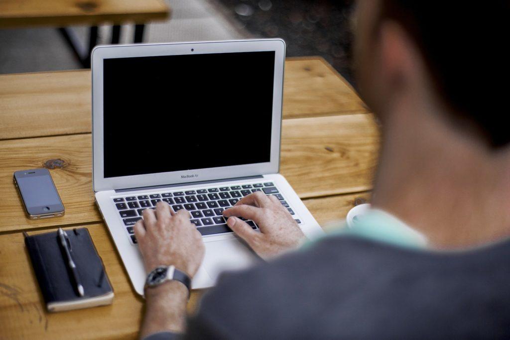 Home office: entenda como um STO pode ajudar nessa nova rotina.